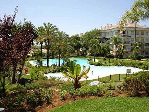 Nice apartment in walking distance to beach and facilities with garden views