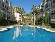 Marbella, Golden Mile, Nagueles - Spectacular western facing corner duplex penthouse  on the 4th floor