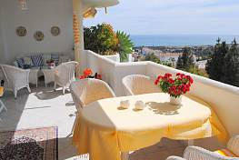 Very cosy, luminous apartment with beautiful sea views