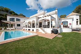 Incredible 7 bedroom  elegant villa at  front line golf community of El Herrojo Alto