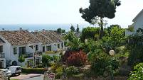 Spacious townhouse with nice sea views and separate guest apartment