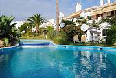 Sitio de Calahonda, a garden apartment with easy access from the parking to apartment and to swimming pool and garden