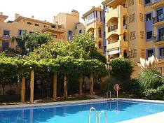 El Mirador, San Pedro Alcántara, spacious beach side apartment in walking distance to town centre and beach promenade