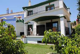 Semi-Detached corner house with sea views in Andalucian style village houses