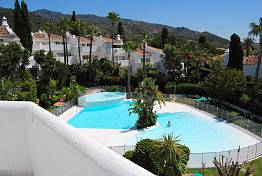 Beautiful townhouse situated in a residential area of  Marbella
