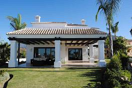 Wonderful property having a magnificent location with spectacular views to north of Africa, Gibraltar and mountains