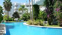 Marbella Real, Marbella - Golden Mile, Apartment in walking distance to beach and shops