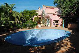 Charming country house built in Andalusian style is situated in the exclusive area of Marbella Hill Club