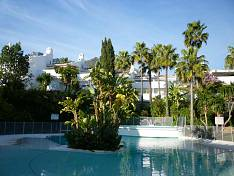 A beautiful townhouse situated in a residential area of Marbella