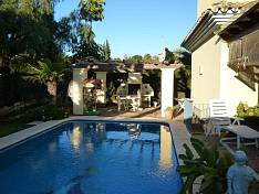 Marbella East. Cosy rustic style villa only 300m away from nice sandy beach