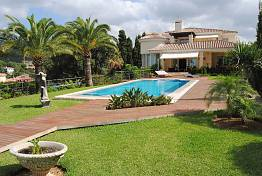 An exceptional Villa with wonderful open views to the sea, Africa, Gibraltar and mountains
