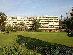 Spacious apartment with 2 bedrooms in gated complex on the golf course