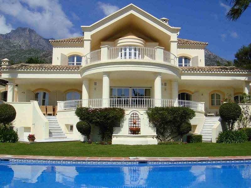Magnificent villa built on a specially selected plot for Beautiful villas images
