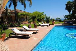 Luxury villa in altos reales the most secured area of Marbella