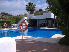 Garden Apartment 3 bedrooms corner close to Puerto Banús