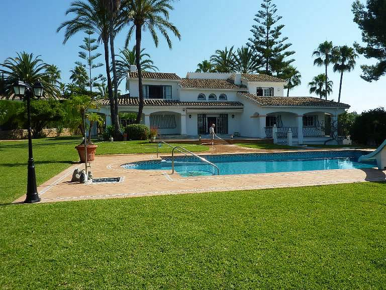 House with beautiful landscaped private garden and swimming pool spain costa del sol mijas for Garden swimming pools for sale