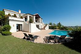 A modern, quality house offering all possible features with nice views to the golf and the sea