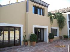 Very private villa is built to highest standards   in the prestigoious area of Guadalmina Alta